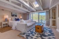 Seahorse suite