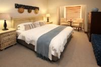 3. LUXURY SEA & MOUNTAIN VIEW SUITE. R3
