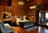 Bateleur Eagle Luxury Cabin (Unit No. 8)