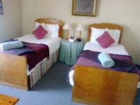 Room 3 Twin beds
