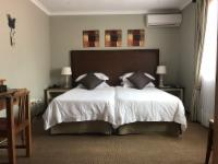 Double/Twin Room- Miller's Point