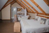 Barn Owl Luxury Loft Room - Stairs