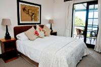 Superior Twin Room with lagoon view