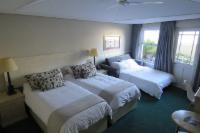Twin Room with Optional Sleeper Couch