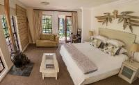 Luxury Garden Suite - Large King/Twins
