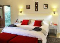 Boutique_Red Ivory_Sleeps 2