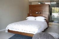 Room 4 - Pebble Room