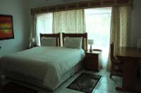 Vedado (Room 5)