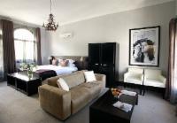 Luxury room (takes 3 people)