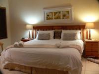 Room 9 Honeymoon King Room
