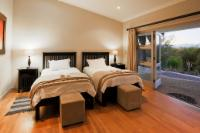 Room 4 Standard Twin