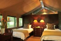 Luxury tented Accommodation twin