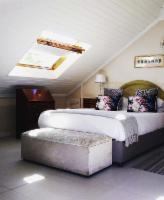 Honeymoon Suite 2