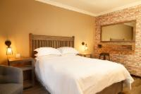 Courtyard Room - Double Bed