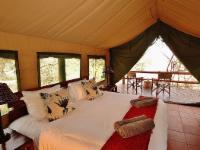 African-Style Luxury Safari Tent 4