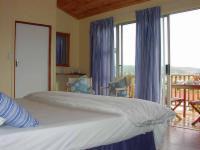 Loerie Room 4