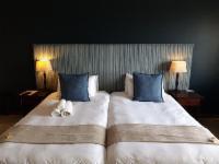 Twin Sea View Lodge Room