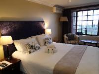 Queen Sea View Lodge Room