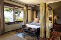 Room 3 - Lagoon Facing Room