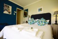 Room 6 - King Bed with Ensuite Bathroom