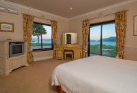 Deluxe Suite - Lake Facing - 10