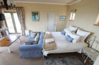 Ground Floor sea facing: King size bed