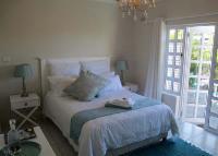 Downstairs Luxury Suite