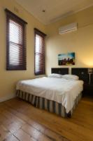 Self-catering Apartments 263 Long Str