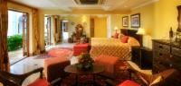 Manor Deluxe Suites