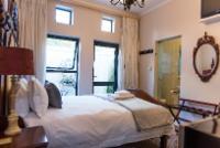 Le Blanc Standard Queen Room