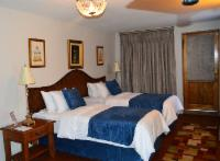 5th Avenue (Twin/King Room, Shower only)