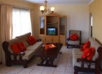 Seaview 2 Bedroom Flat (B+B/ S-Catering)