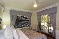 Claudia: Superior Room With Seaview