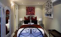 Augusta: Garden Room With Kitchen