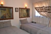 Twin bed unit