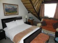 Luxury Thatch Room