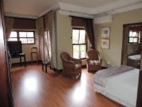Inhlanzi Premium Room