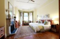 Sapphire - Twin Bedroom