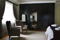 Room 1 (superior room)