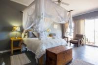 Family Room - Shower Aerodrom Bay