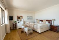 Luxury: Roxanne Room