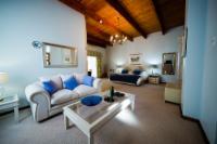 Standard Garden Manor House Suite 2