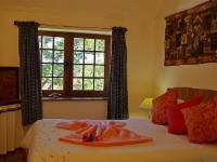 Owl Corner - 2 double bedroom suite
