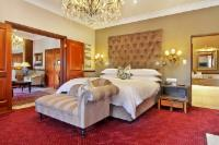 One bedroom Luxury Suite