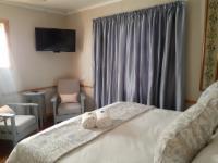 King size bed,en suite