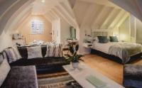 Loft Studio Suite