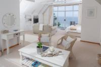 Sky Penthouse Suite
