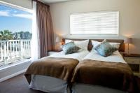 Front-Facing Twin Rooms: Double Occupancy