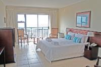 Standard Queen Sea-facing Room