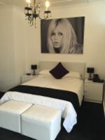 Brigitte Bardot Deluxe Room